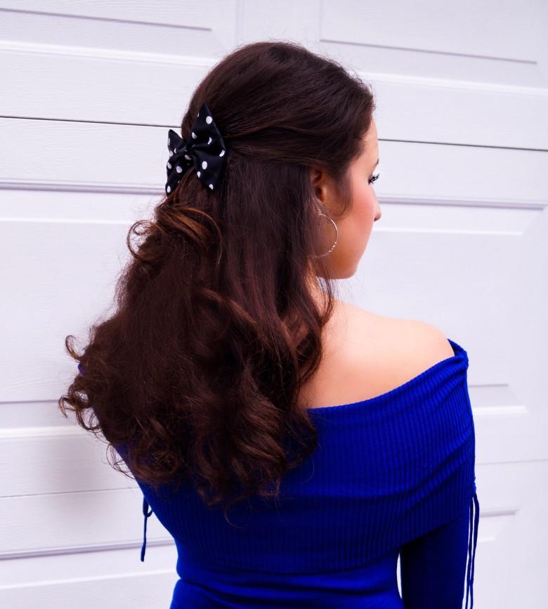 bow-hair-close-up